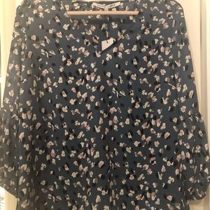 NWT Women's Daily Look Flowy Top Size Large